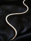 Biel perły na czerni Zdjęcie Royalty Free