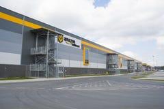 BIELANY,波兰- 2016年5月04日:稀土新打开的仓库  库存照片