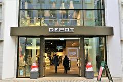01/06/2018 - Bielefeld/Alemanha - uma imagem do conceito de um logotipo do depósito Imagem de Stock Royalty Free