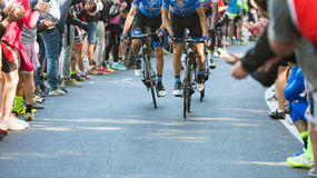BIELLA, ITALIË - MEI 20, 2017: De fietsers nemen aan 14de s deel Royalty-vrije Stock Fotografie