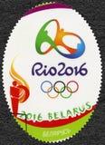 BIELORRÚSSIA - 2016: anéis das mostras e símbolo olímpicos, 31th Jogos Olímpicos, Rio, Brasil Imagem de Stock