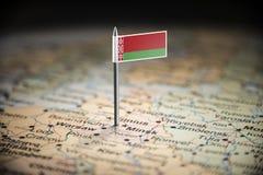 Bielorrússia identificou por meio de uma bandeira no mapa imagens de stock royalty free