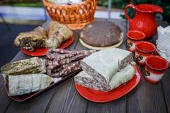 Bielorrusso tradicional e culinária ucraniana Fotos de Stock
