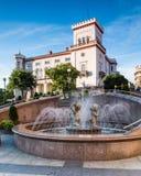 Bielsko-Biala, Sulkowski-Schloss und Brunnen stockfotos