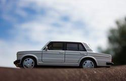Bielu zabawkarski samochód Zdjęcie Royalty Free