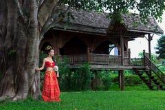 bien costume dien женщина Вьетнама северного региона тайская традиционная Стоковая Фотография