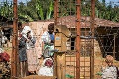 Bien para el agua potable protegida por el alambre de púas Imagen de archivo libre de regalías