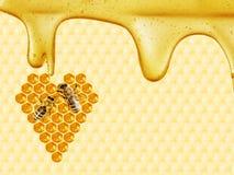 Bienenwabe geschnitten in Herzform lizenzfreie stockfotografie