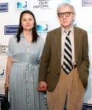 Bientôt-Yi Previn et Woody Allen photo libre de droits