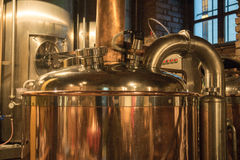 Bier-Brauerei lizenzfreie stockfotografie