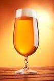 Bier in einem Glas Stockfotografie