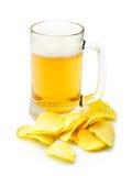 Bier en chips Stock Afbeelding