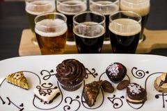 Bier en Chocolade royalty-vrije stock afbeelding