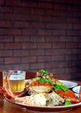 Bier en krab royalty-vrije stock afbeelding