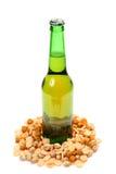 Bier en snack royalty-vrije stock foto