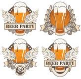 Bier en vleugels Stock Foto