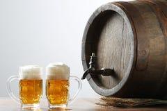 Bier met vat stock afbeelding
