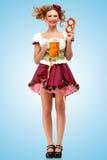 Bier mit Snäcken Stockfotografie
