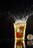 Bier pong spel Royalty-vrije Stock Foto's