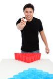 Bier pong Spieler stockfotos