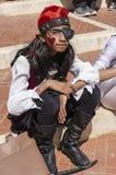 Bier-Sheva, ISRAEL - 5. März 2015: Mädchen mit dem langen Haar gekleidet als Piraten im roten Schal, Lizenzfreies Stockbild