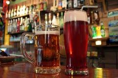 Bier twee tevreden Stock Foto