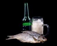 Bier und Fische Lizenzfreie Stockfotografie