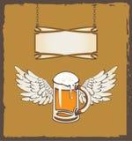 Bier und Flügel Stockbild