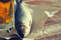 Bier und Snack zum Bier Lizenzfreie Stockfotos