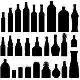 Bier, wijn, en alcoholische drankflessen in vector stock illustratie