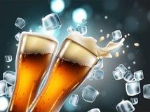 Biergläser mit Blasen und einem schäumenden Spritzen Sehr realistischer Kranke Lizenzfreie Stockbilder