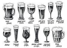 Bierglas und Becherarten Gezeichnete Weinleseillustrationen des Vektors Hand stockfotos