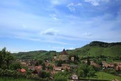 Biertan教会和其村庄 免版税库存图片