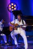 Bierze 6 żywego na scenie audytorium UJ maksimum przy lato festiwalem jazzowym w Krakow Obraz Stock