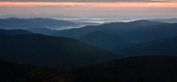 Bieszczady - βουνά στιλβωτικής ουσίας στοκ εικόνα με δικαίωμα ελεύθερης χρήσης