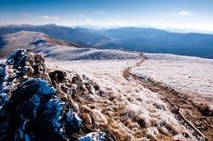 bieszczady καλυμμένο βουνό παγετ&o Στοκ Εικόνες