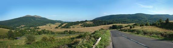 bieszczady панорама гор стоковое изображение