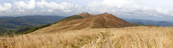 Bieszczady berg i Polen Osadzki Wierch Royaltyfri Fotografi