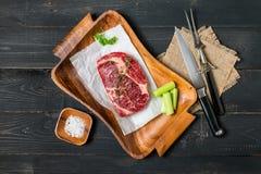 Bife cru de Ribeye da carne fresca Imagens de Stock Royalty Free