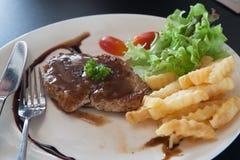 Bife da carne de porco na placa Imagem de Stock Royalty Free