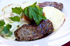 Bife da tira do Sirloin - Entrecote-com vegetais e Fotos de Stock Royalty Free