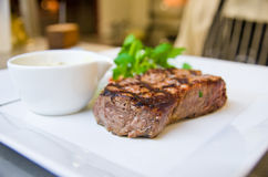 Bife de carne Fotos de Stock Royalty Free