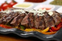 Bife de carne grelhado fresco foto de stock