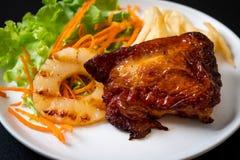 bife grelhado da galinha com vegetal fotografia de stock