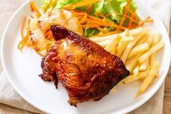 bife grelhado da galinha com vegetal fotografia de stock royalty free