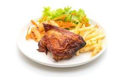 bife grelhado da galinha com vegetal e batatas fritas fotografia de stock