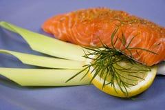 Bife salmon cru. 1 Foto de Stock