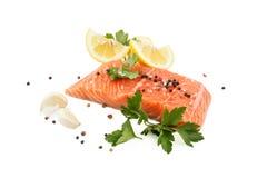 Bife salmon fresco Fotos de Stock Royalty Free