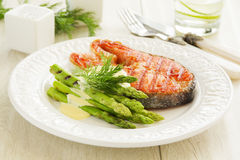 Bife salmon grelhado imagens de stock