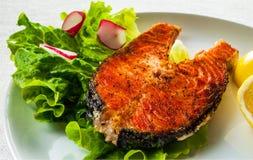 Bife salmon grelhado friável Foto de Stock Royalty Free